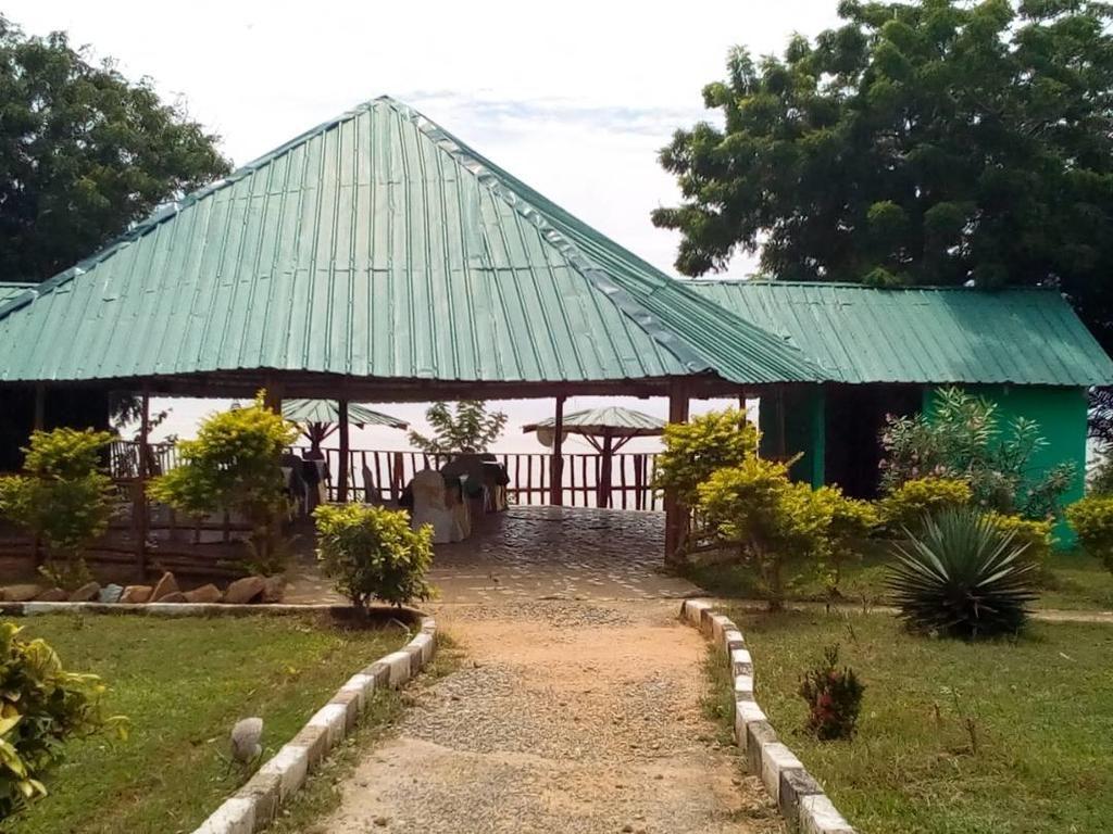 Abuesi Beach Resort